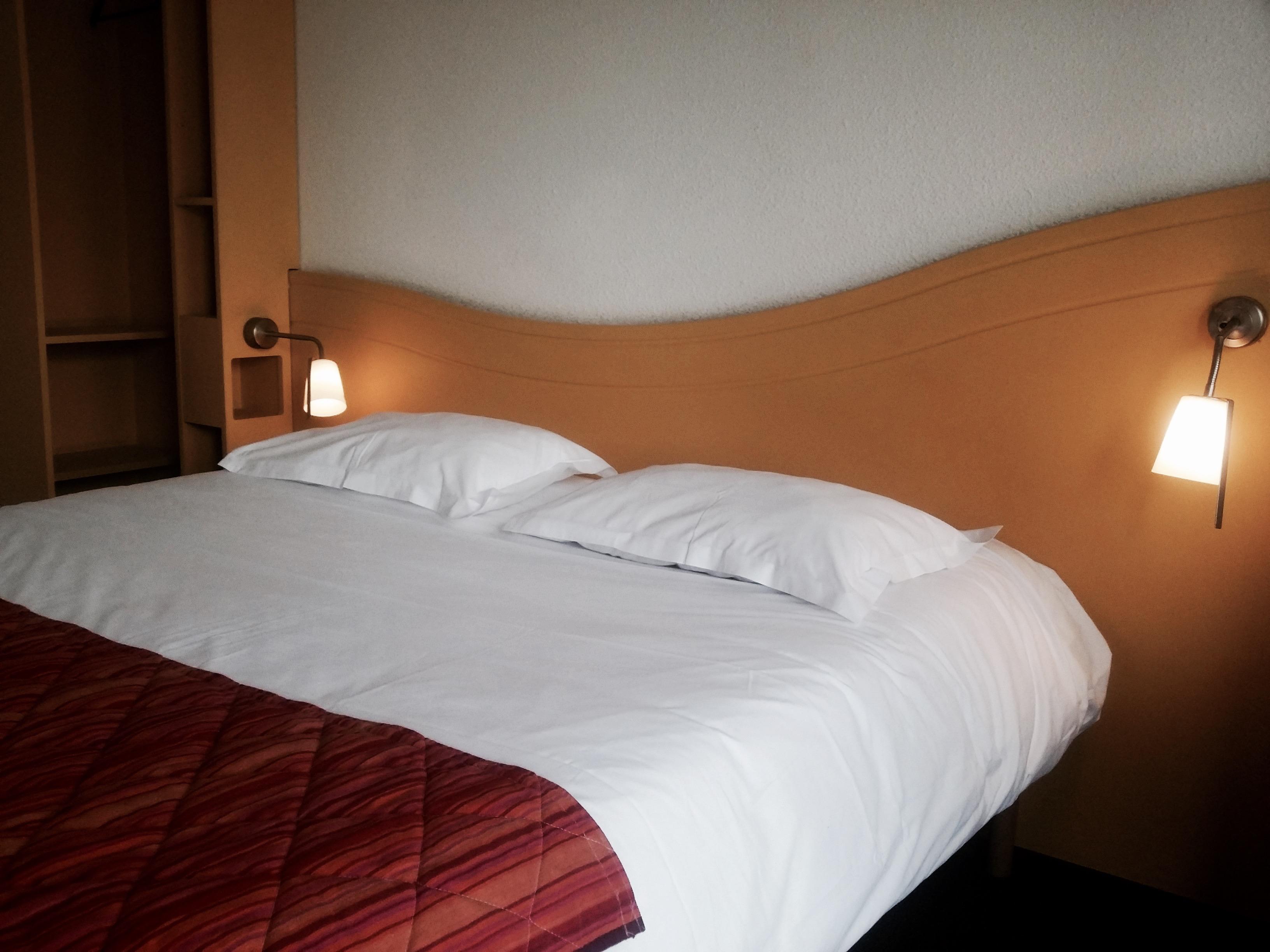 Chambre Double lit supplémentaire – Lemand H´tel